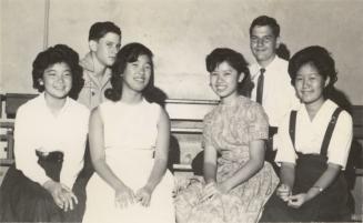 Diane Chun, Linda Lau